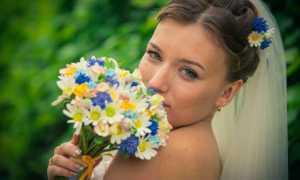 Свадебный букет невесты из ромашек: идеи составления и тонкости оформления