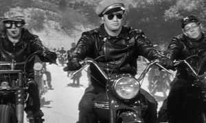 Мотоциклетная кожаная куртка: с чем носить и как выбрать