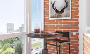 Дизайн балкона и лоджий с кирпичной стеной