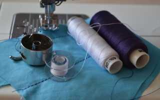 Почему швейная машина пропускает стежки при шитье и что делать?