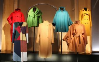 Пальто-платье: с чем носить и как выбрать