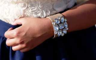 Широкие браслеты: описание и фото