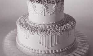 Как выбрать торт на серебряную свадьбу?