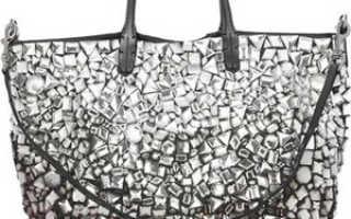 Сумки Valentino: с чем носить, фото
