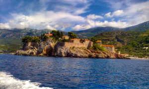 Черногория в феврале: какая погода и куда лучше поехать?