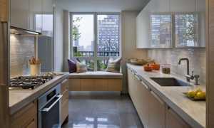 Двухуровневые кухни: выбор и примеры в интерьере