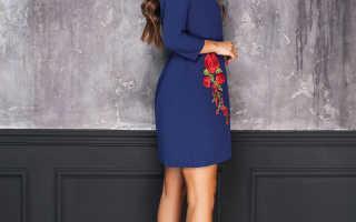 Темно-синее платье – для таинственного образа