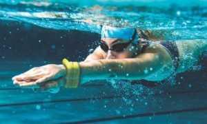 Фитнес-браслеты для плавания: описание и фото